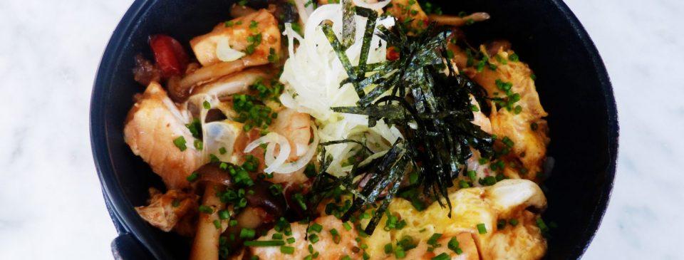 Las recetas de Sushita: Donburi de salmón y gambones