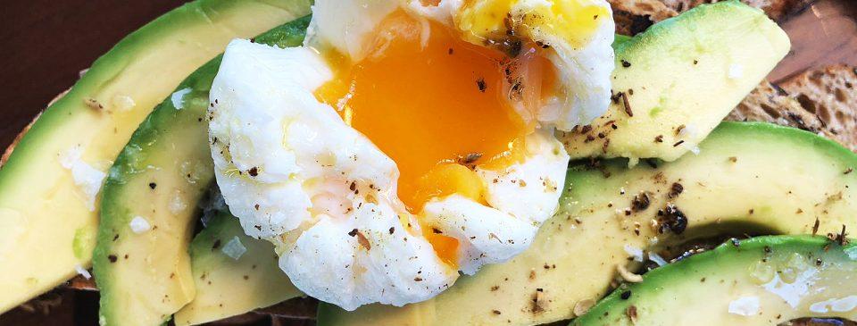 Las recetas de Sushita: Tostada de aguacate y huevo escalfado